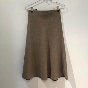 Wool skirt.